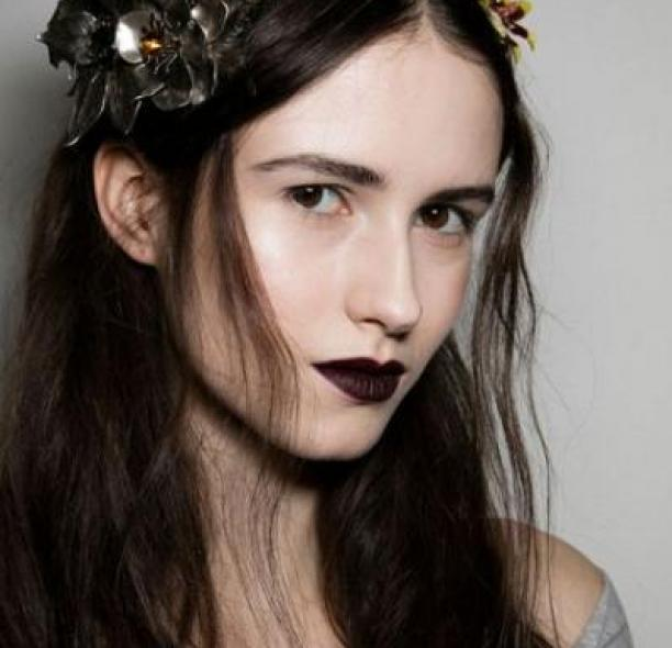 MAKEUP TREND: DARK LIPSTICK FOR FALL WINTER 2016-2017